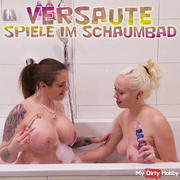 Paris and Sophia - Dirty games in the bubble bath