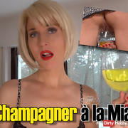 Champagner to Mia!