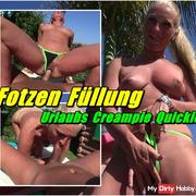 Pussy Filling - Holiday Creampie Quickie
