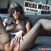 Wichs bet in catsuit