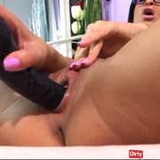 Big black dildo hard fuck ! Close Up creamy pussy fuck !