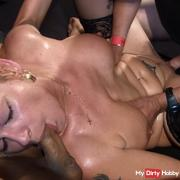 Reifestute dirty in the pack 3 hole fucked