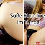 Sweet blonde in Wetlooktanga