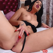Wet and horny masturbation ! Come and see !