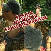 Saskia - Oudoor cock parade!