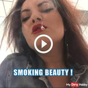 Smoking beauty !