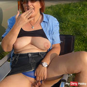 Honry houswive loves camping and outdoor wanking