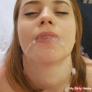Hotel room sex on vacation !! With mega cumshot in the mouth !!