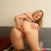 Lucy vor der Cam! - spontanes Anal-SB-Video