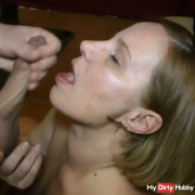 Horny sperm load in the mouth