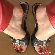 Dangling with mule high heels