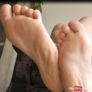 ~ ~ Fußlutscher