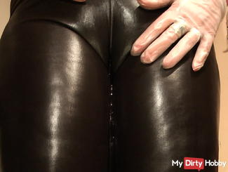 wet leggings, latex gloves and my piss