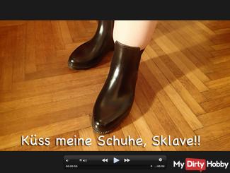 Kiss my shoes, slave!