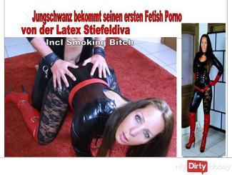 Jungschwanz bekommt seinen ersten Fetish Porno von der Latexdiva