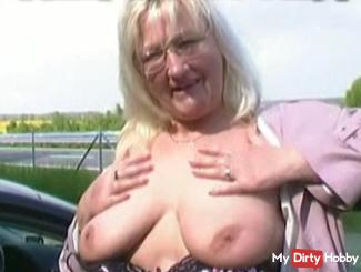 Mature tits on the highway