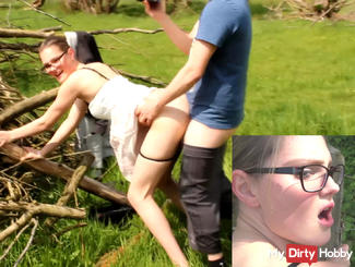Dangerous outdoor fuck - Inflagranti caught!