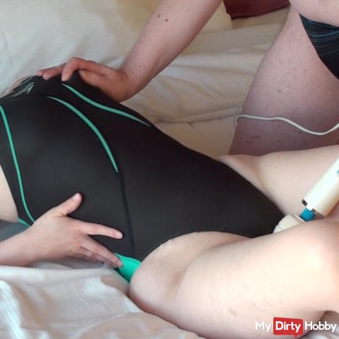 User uses the Vib on my new japanese shiny tight swimsuit