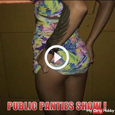 Public panties show !