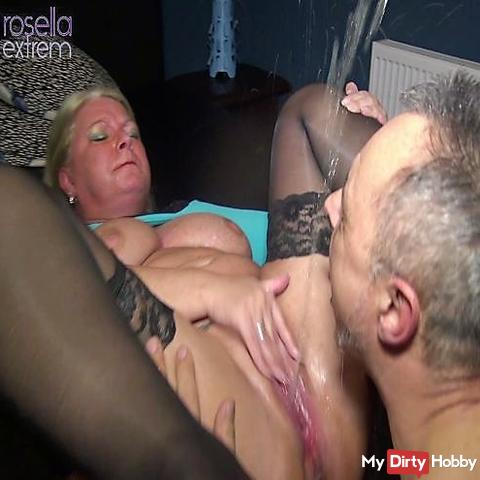 3 mega squirts for a user mouth! Pussy juice injected extremely in the mouth!