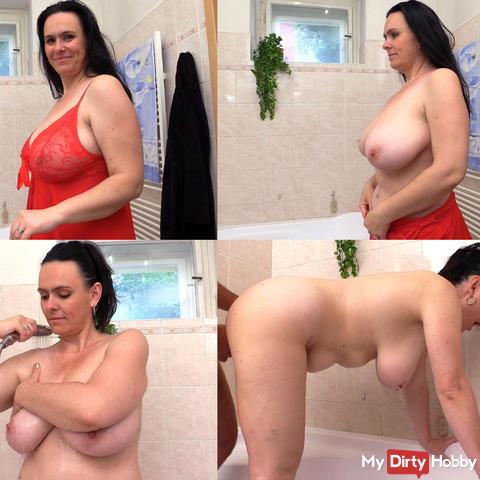 Busty landlady fucks in the bathroom