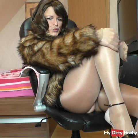 Fur and nylon geil ..))