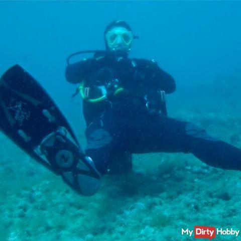 #ScubaFetish: Neues Unterwasser-Video