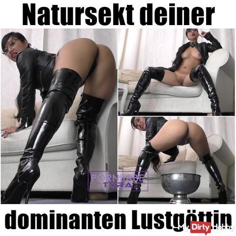 Pee your dominant pleasure goddess