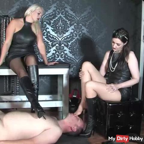 Sweaty feet in leather boots: Smell our foot smells Part 1