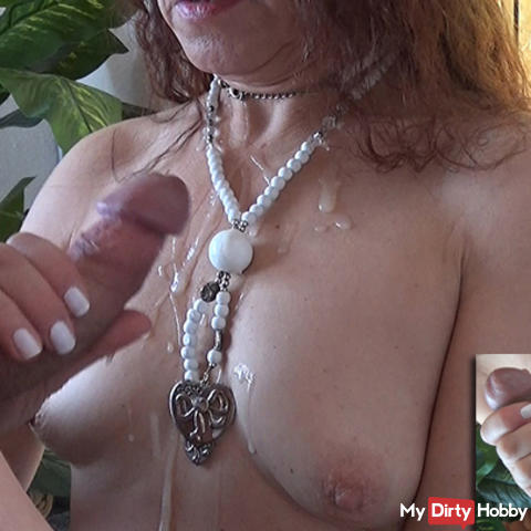 Engineer splashed with small tits