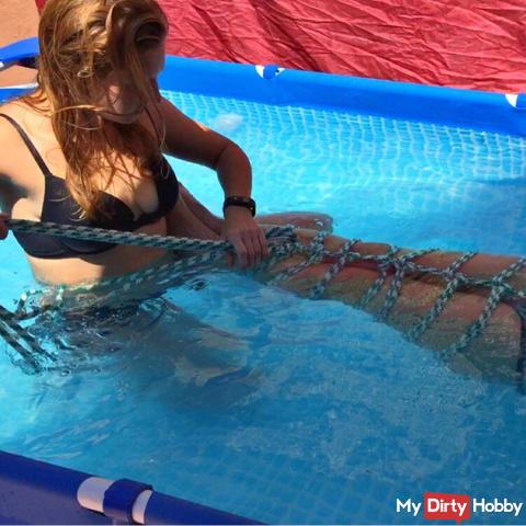 Meerjungfrauenschwanz-Bondage