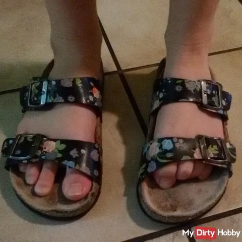 sticky treads