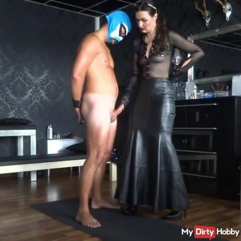 On the cumshot office: Handjob Paul squirts his sperm wildly