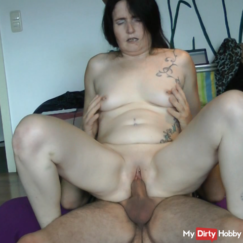 The horny housewife from next door is inseminated
