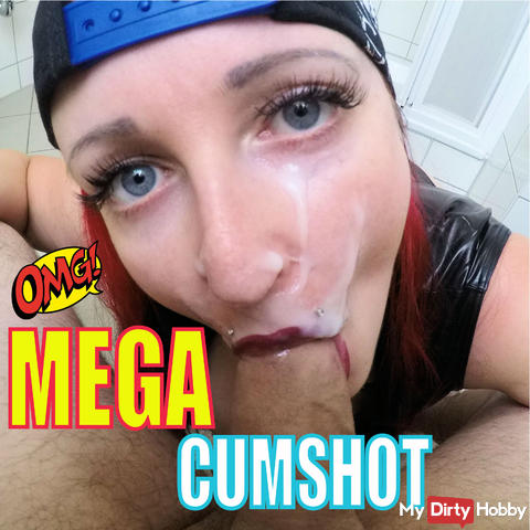 MEGA CUMSHOT