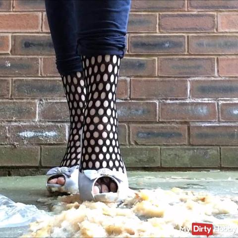 Crush Splosh Pears Heels Fishnets Fetish