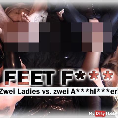 FEET fu*k - Zwei Ladies vs. zwei ars**lö**er!