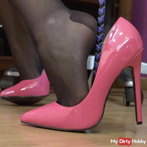 Spray my heels full, Wixxkoeterchen!