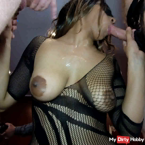 Brand new Fickparty 4-Dark Girl sucking huge dicks
