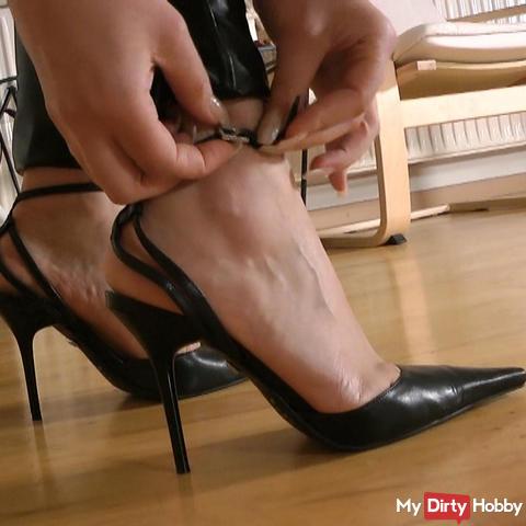 Schuhfetisch: s*xy Leder-Stilettos