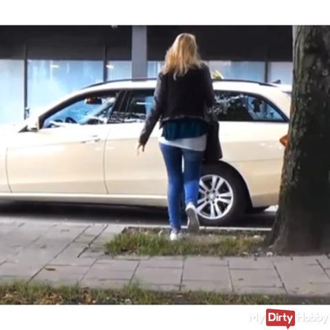 Taxi-sper*afahrt+Public Toiletten fi**!!