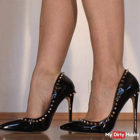 sexy high heels with sharp rivets