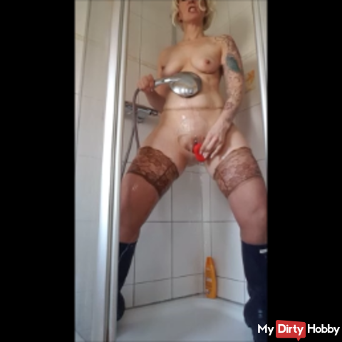 Rubber - nylon session in the shower