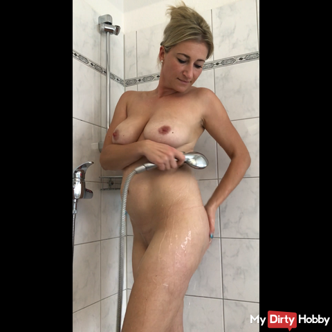 Showered and my pussy spoiled