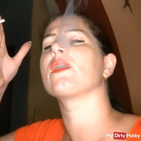 Horny - the bitch smokes again