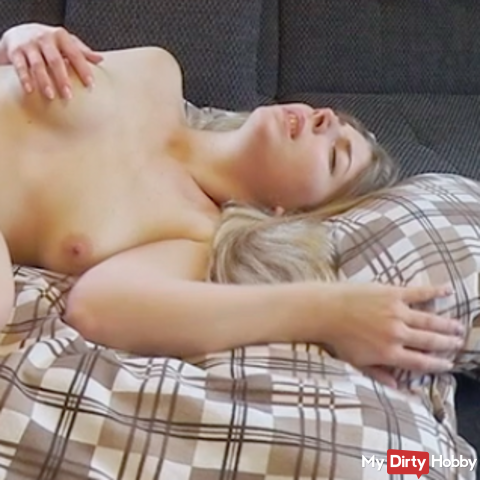 MY FIRST SQUIRT at the private Sexdreh - 100% PUR sex