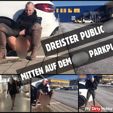 Au milieu du parking IK * A | PISS public après le shopping