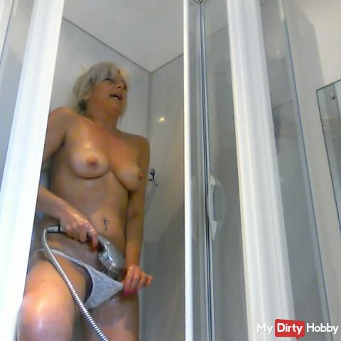 shower with my knickers