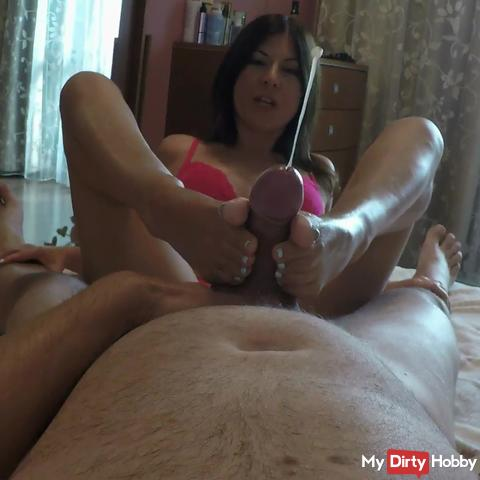 Stepmom`s Jeans Wetting and Footjob Punishment