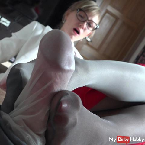Cock Teasing Blowjob with nylons